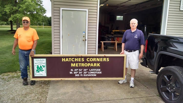 Hatches Corner New Sign